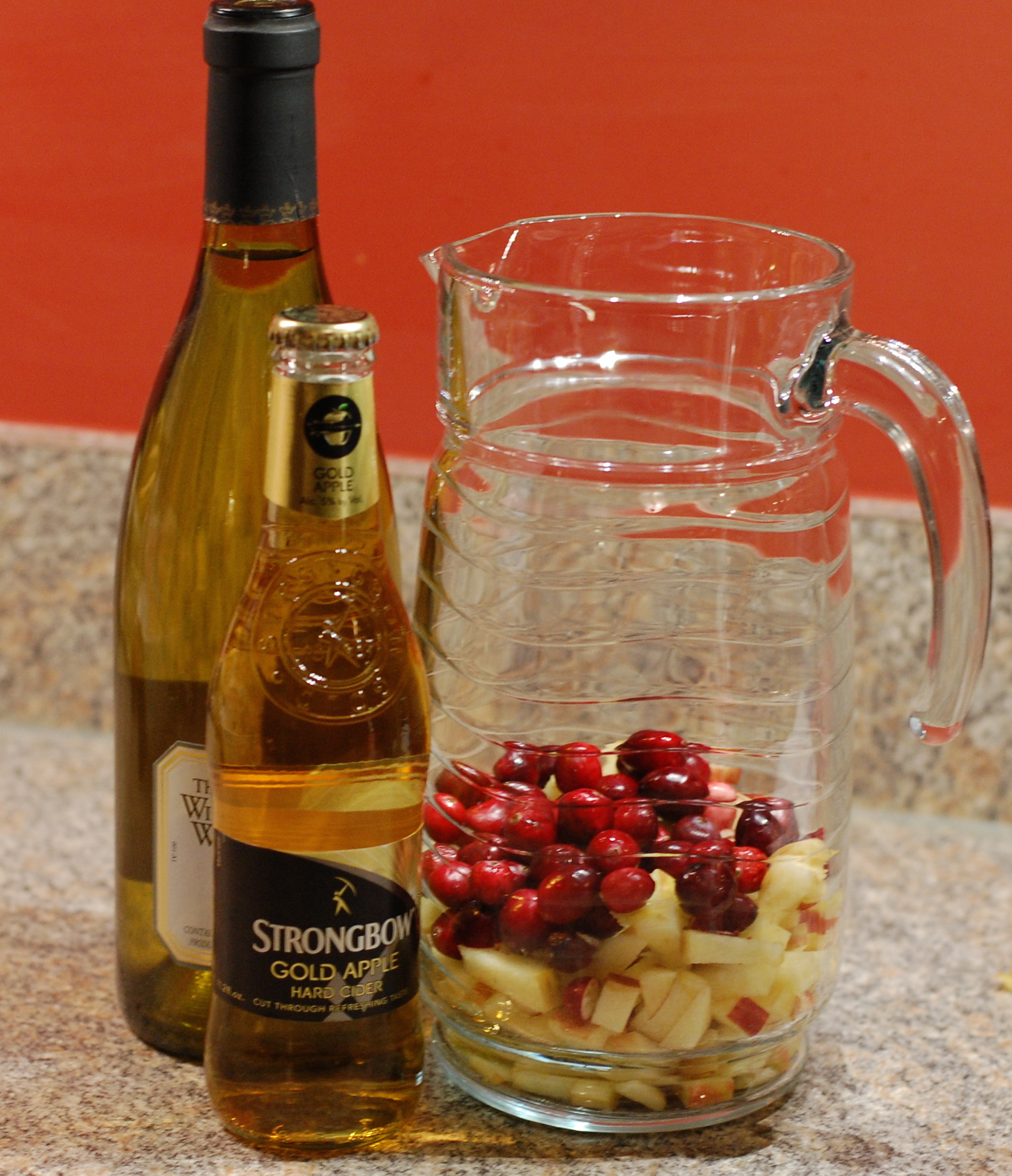 Thirsty Thursday, Thanksgiving Edition: Apple Cranberry Sangria ...
